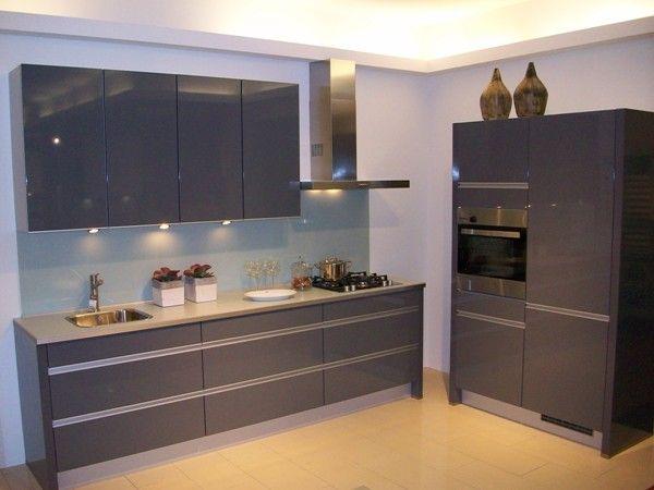 Keuken Grijs Hoogglans : Keuken Hoogglans Grijs : Inspiratie keukenfoto s in de keukengalerie