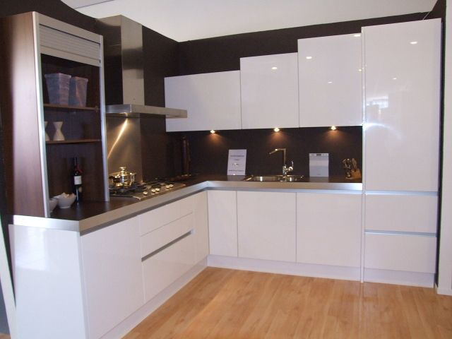 Witte hoogglans keuken greeploos ~ consenza for .