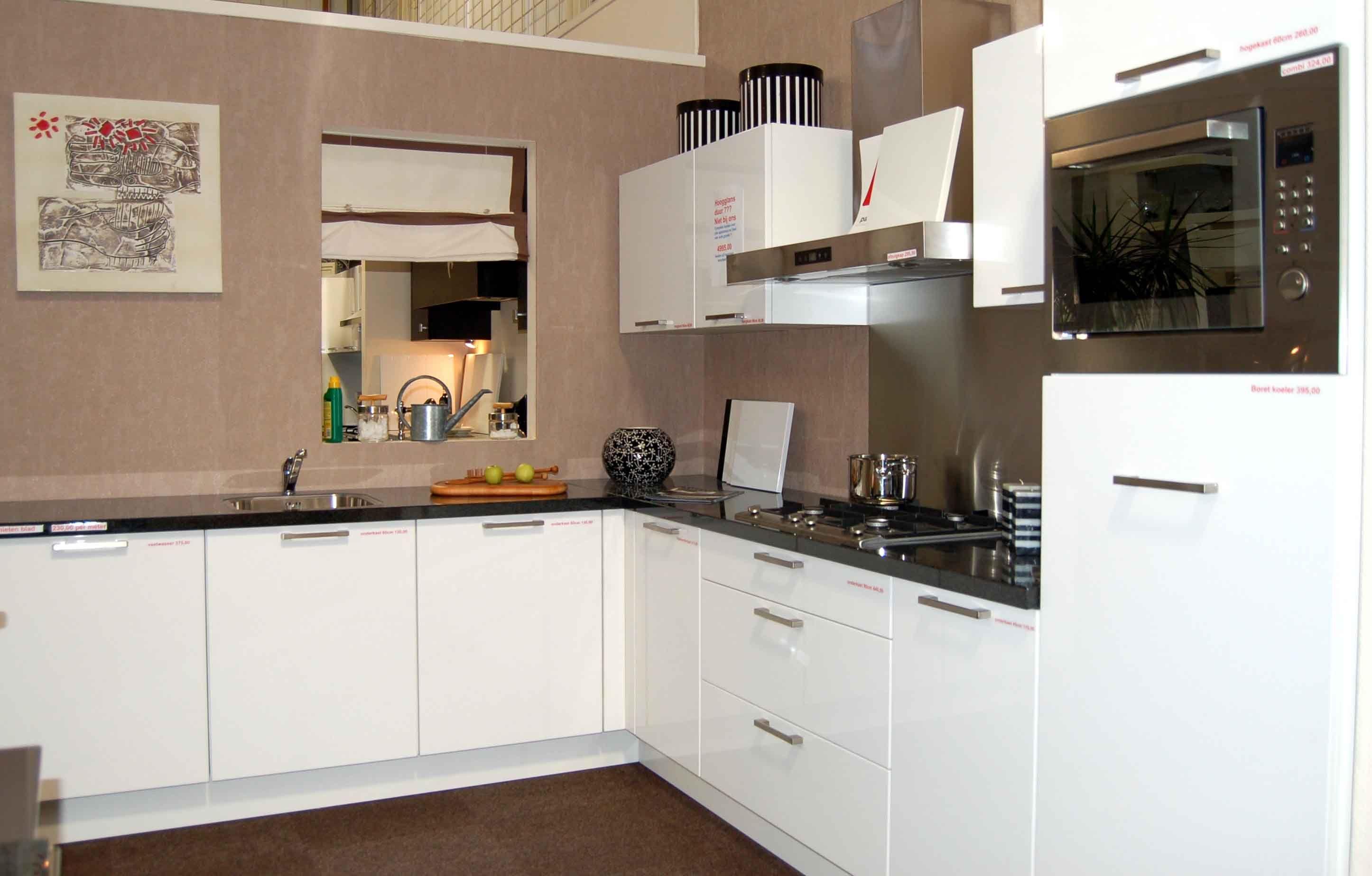 Witte lak keuken beste inspiratie voor interieur design en meubels idee n - Keuken witte lak ...