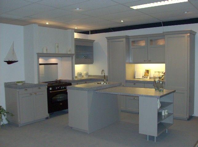 Keuken Rond : top klassieke keuken 28005 deze klassieke keuken ...