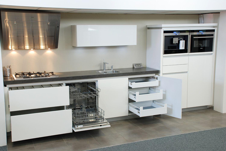 best images about inspiratie keuken on   black bench, Meubels Ideeën