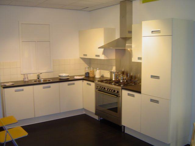 De voordeligste woonwinkel van for Bruynzeel keuken atlas