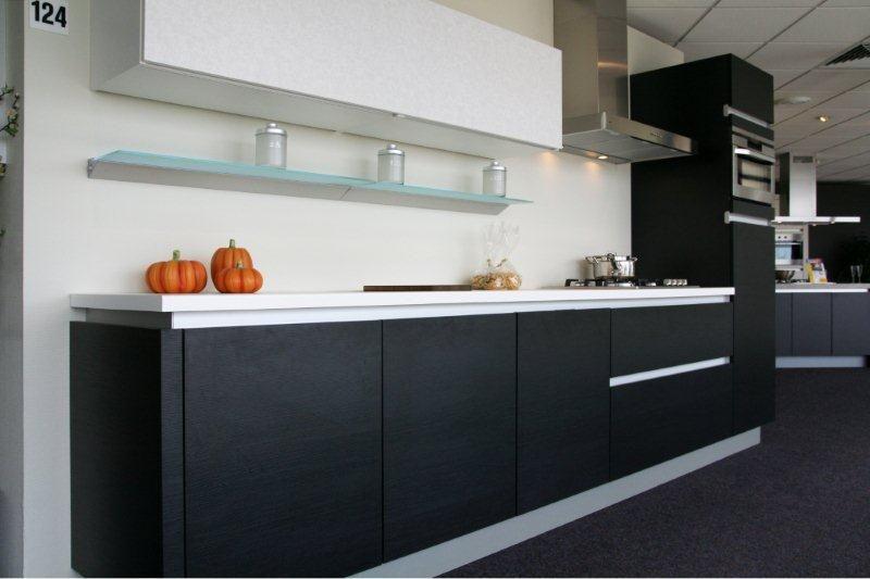 De voordeligste woonwinkel van nederland moderne greeploze keuken zwart - Moderne designkeuken ...