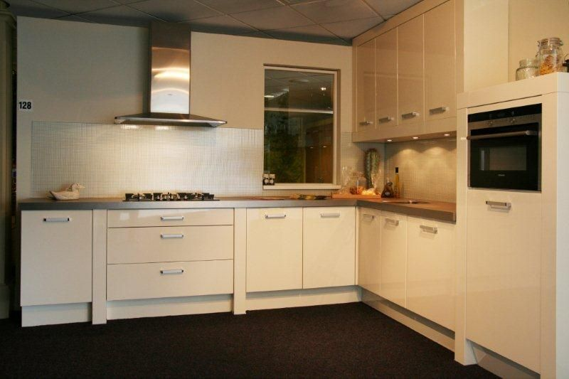 Moderne keuken taupe - Afbeelding moderne keuken ...
