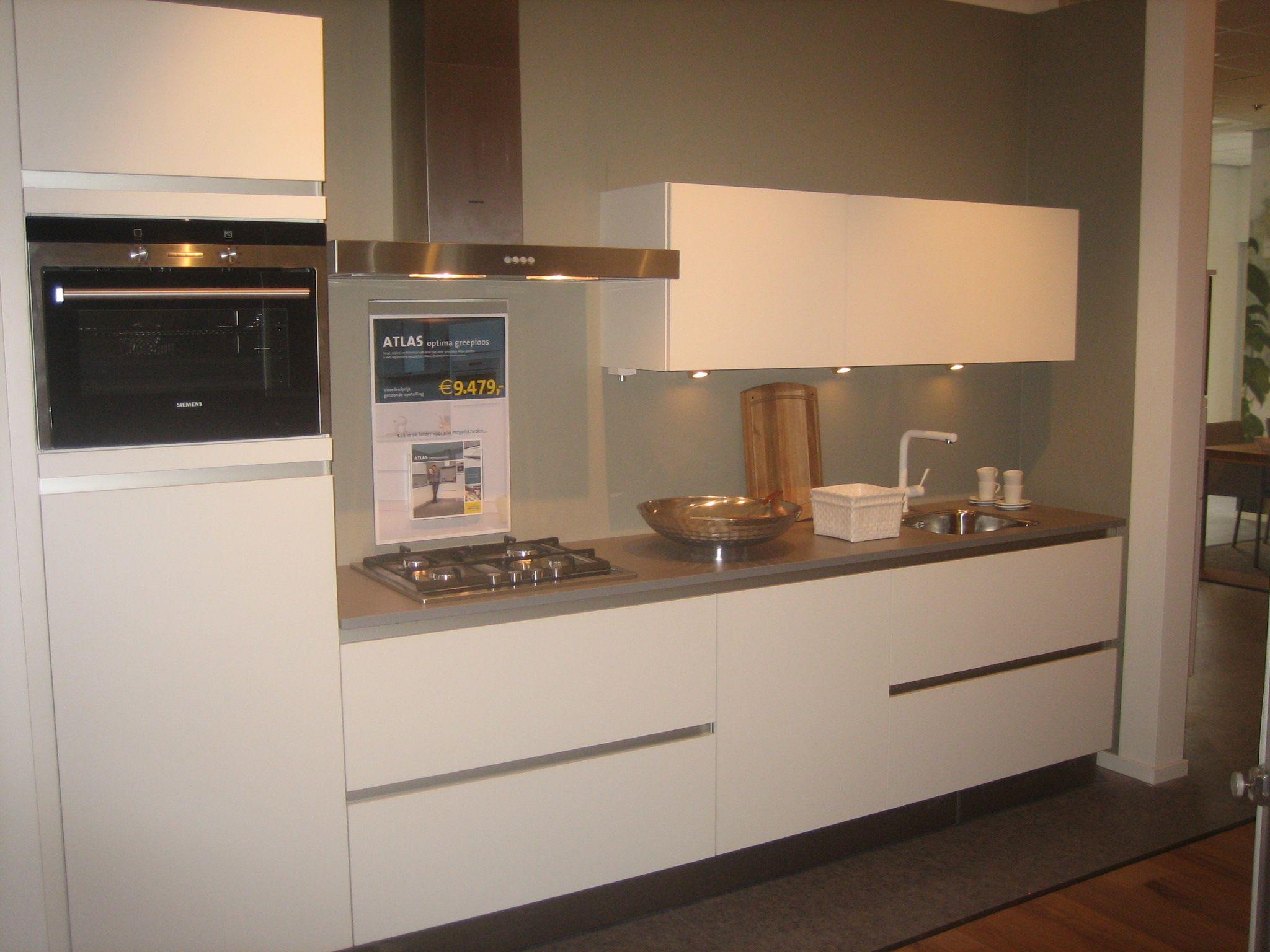 Moderne bruynzeel keuken atlas greeploos beste inspiratie voor huis ontwerp - Afbeelding moderne keuken ...