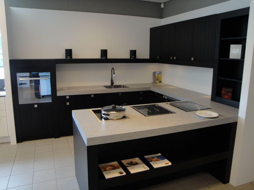 De voordeligste woonwinkel van nederland strakke klassieke keuken 41841 - Eigentijdse keuken met centraal eiland ...