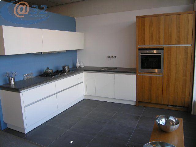 Keuken Hoogglans Wit Greeploos : keuken wit hoogglans greeploos 42200 prachtige e k keuken hoogglans