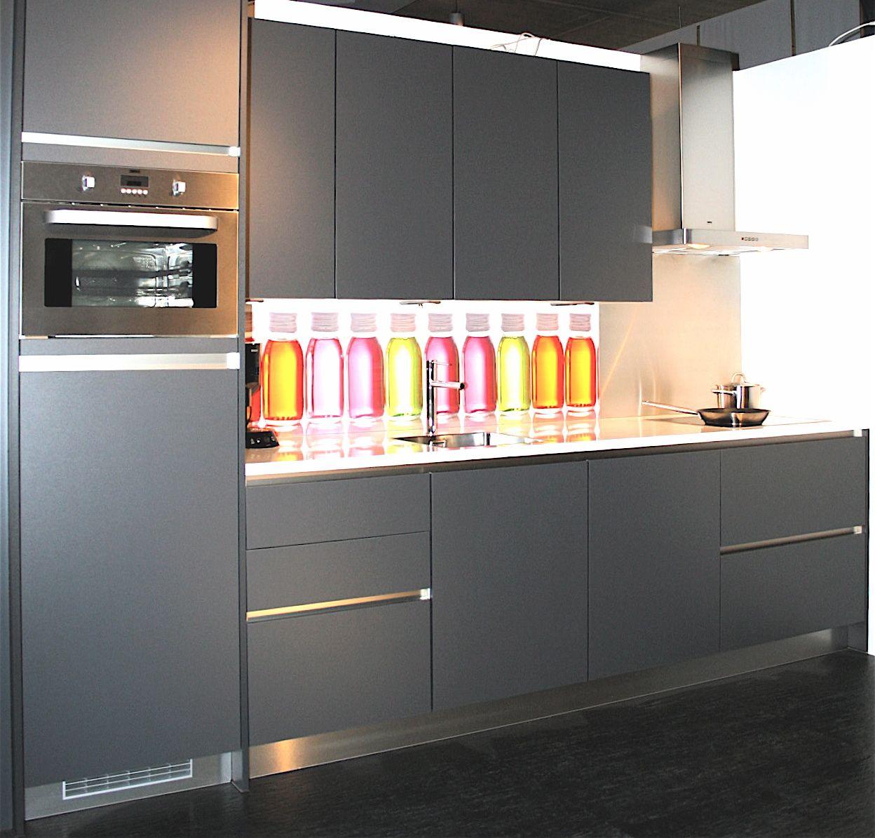 Antraciet Keuken : woonwinkel van Nederland! Greeploze keuken basalt (15) [40695