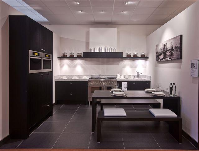Piet Zwart Keuken Showroom : Showroomkorting.nl De voordeligste woonwinkel van Nederland! Zeyko