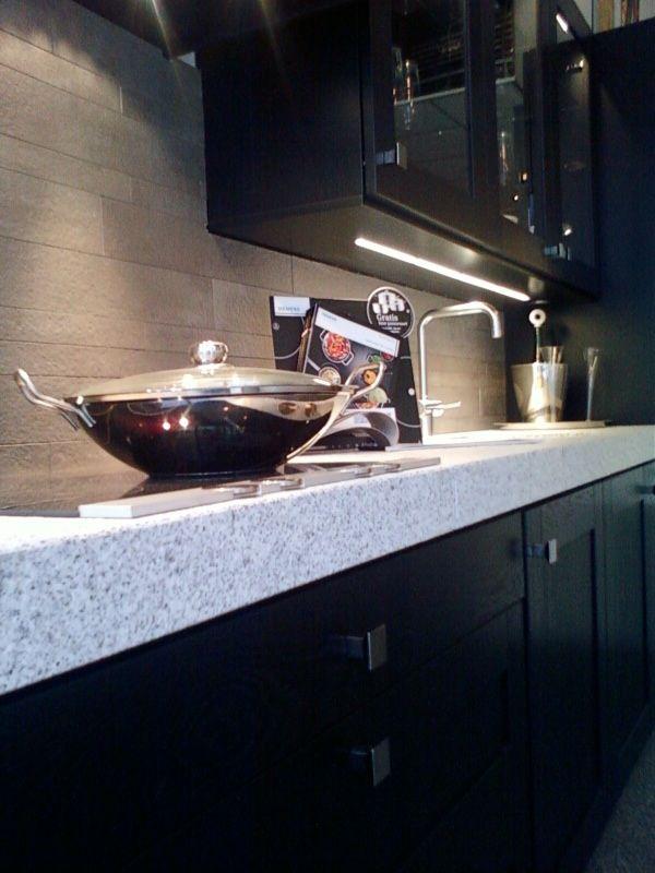De voordeligste woonwinkel van nederland keller eiken zwart 34816 - Zwart granieten werkblad prijs ...