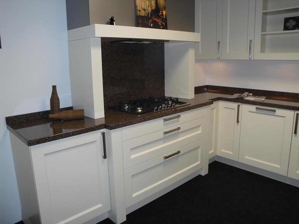De voordeligste woonwinkel van nederland robuuste hoekkeuken 41845 - Afbeelding van keuken amenagee ...