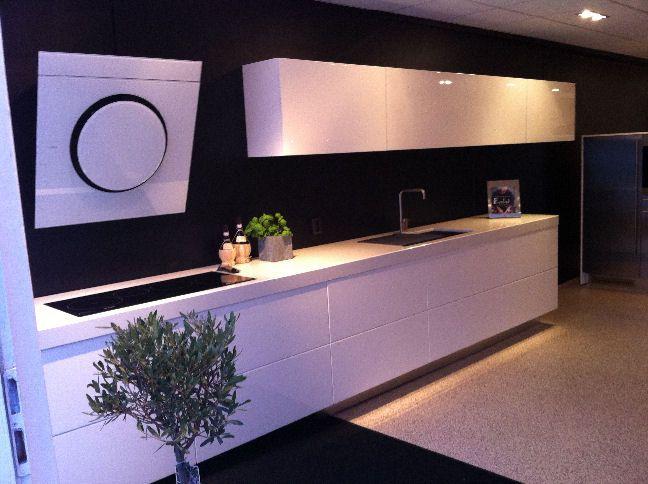 De voordeligste woonwinkel van nederland italiaanse design keuken 27402 for Design keukens