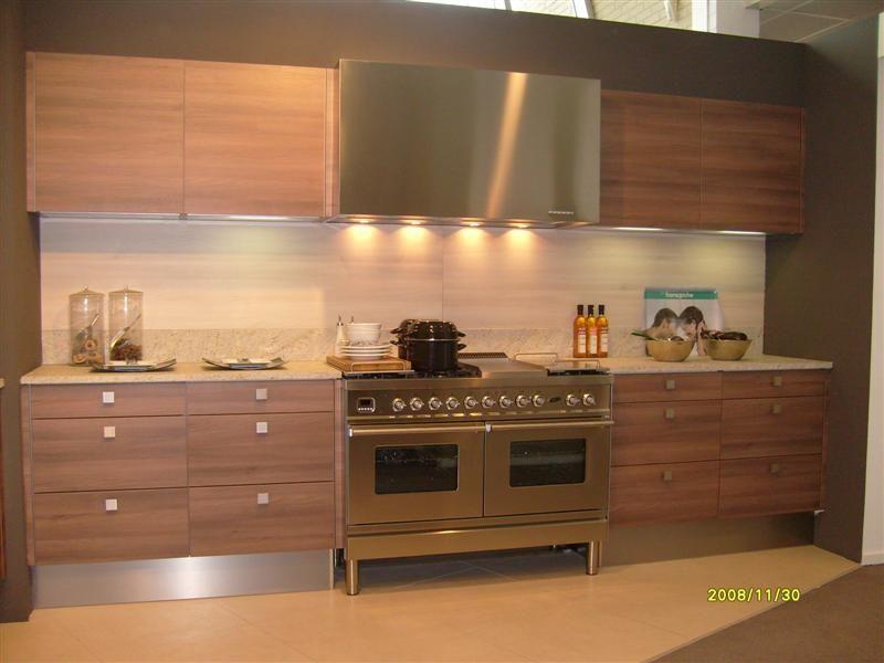 Afmetingen Keuken Onderkasten : woonwinkel van Nederland! Moderne rechte keuken in houtlook [26800