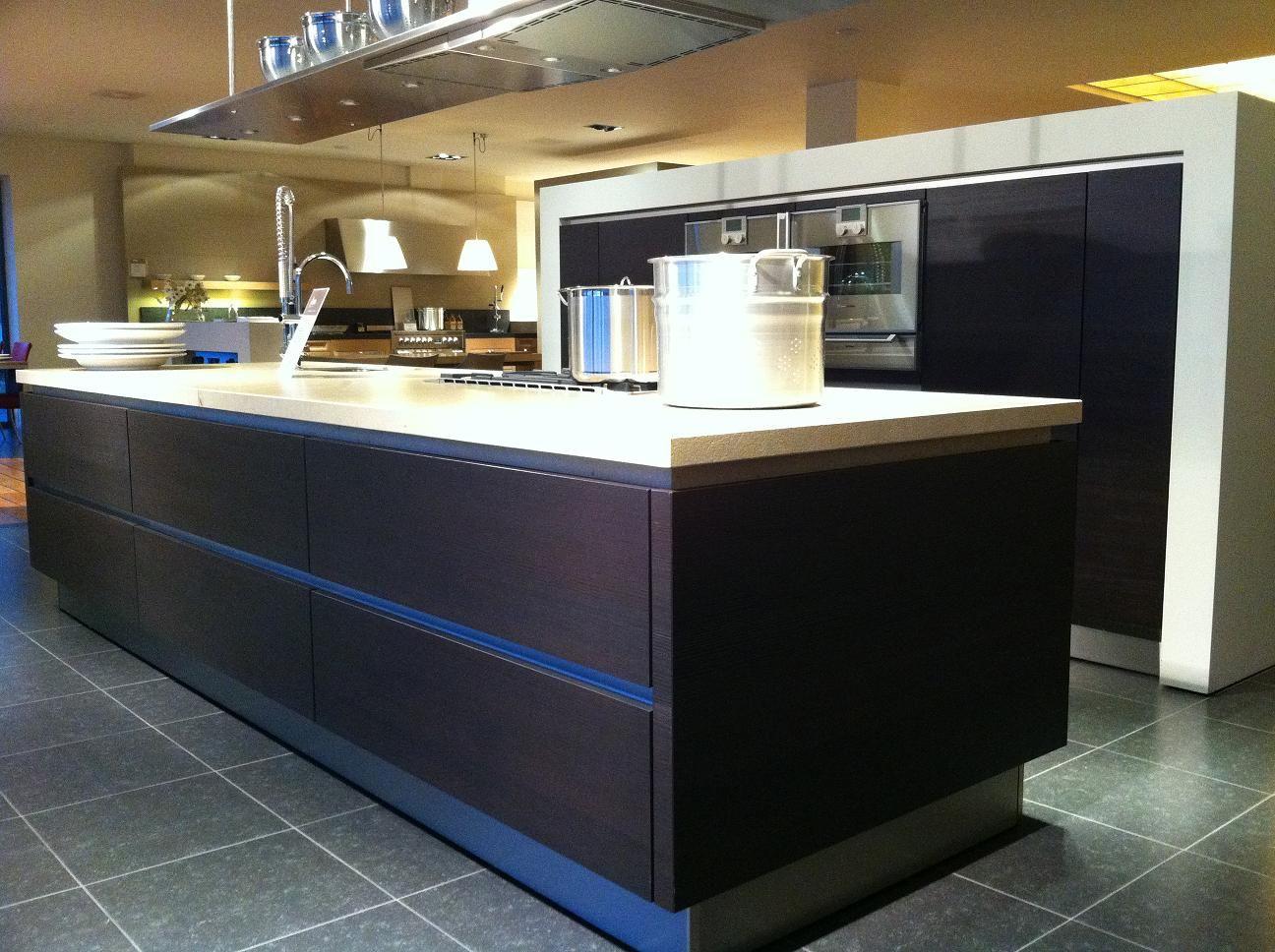 Siematic Keuken Accessoires : keuken met greeplijsten voor een moderne en praktische keuken