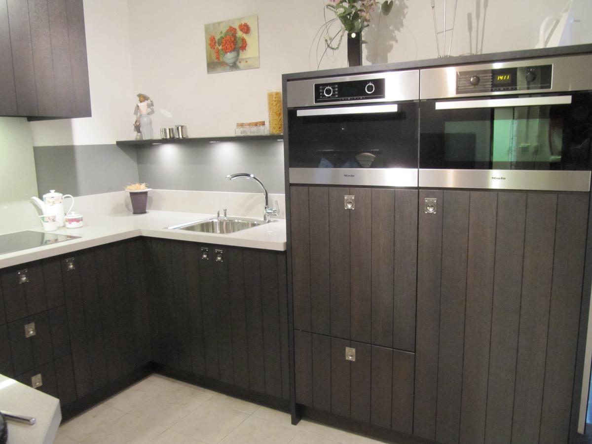 ... woonwinkel van Nederland!  Strakke design fineer keuken [35273