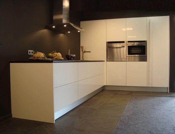 De voordeligste woonwinkel van nederland italia cucine greeploze design - Moderne designkeuken ...