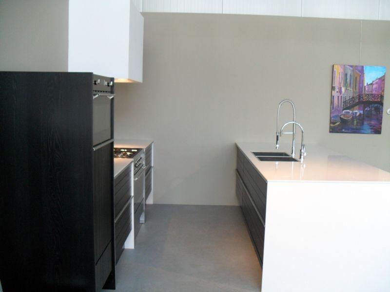 Keuken Eiken Zwart : Keuken eiken zwart deca designs maatwerkmeubelen