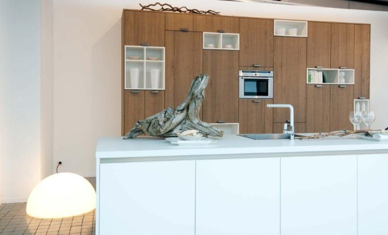 Keuken Met Eiland Afmetingen : met houten kastenwand melody 8 44843 fantastische eiland keuken met
