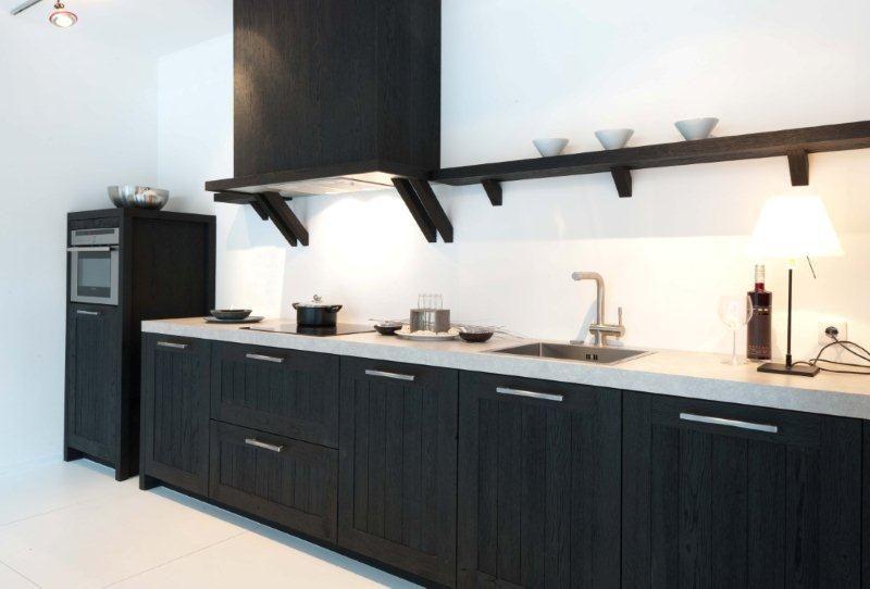 Keuken Zwart Met Hout : ! Rechte keuken, massief hout zwart uitgeborsteld 21 [44851