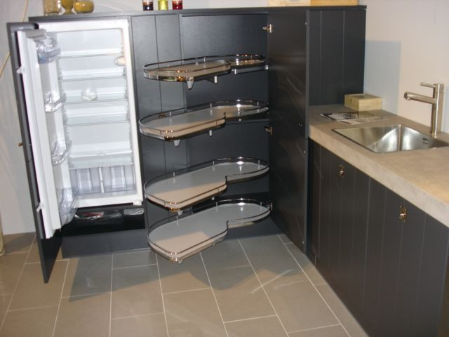 Hoekkast Keuken Afmetingen : woonwinkel van Nederland! Gelakte keuken met lamelfront [45095