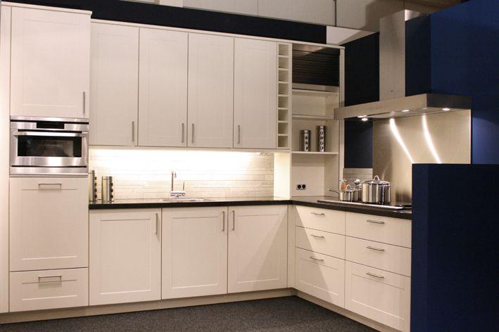 De voordeligste woonwinkel van nederland modern cassette model 40733 - Modern keukenmodel ...
