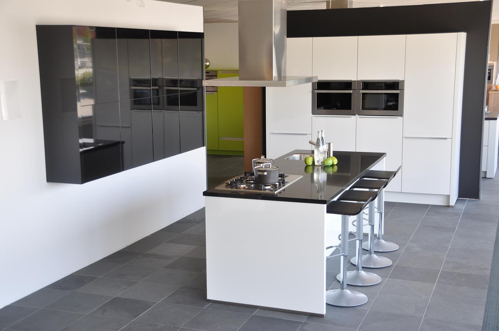 moderne, greeploze keuken. witte hoogglans keuken met, Meubels Ideeën