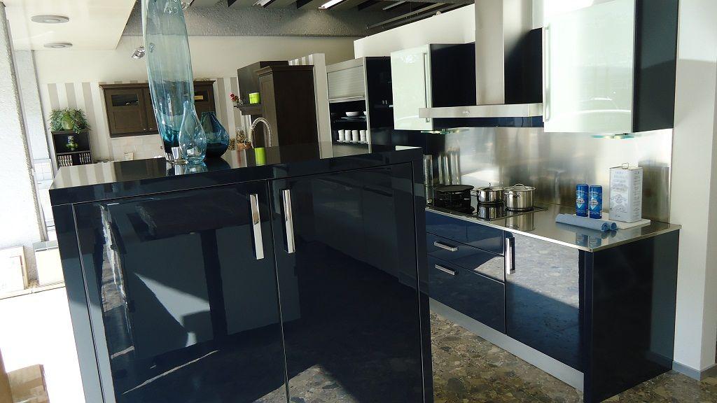 De voordeligste woonwinkel van nederland schitterende blauwe lak keuken - Industriele apparaten ...