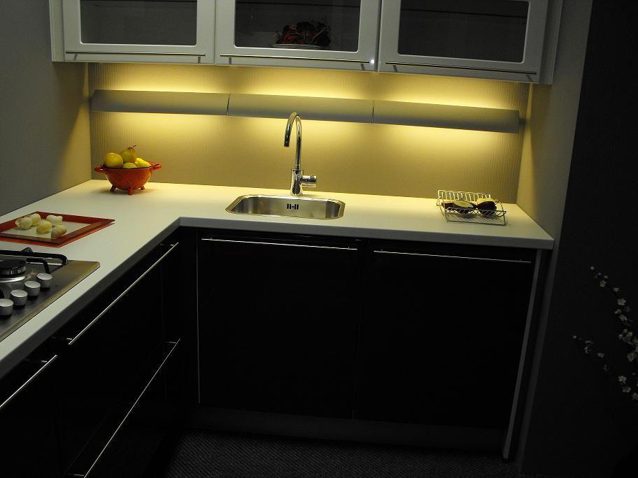 Keuken Rood Wit : nl De voordeligste woonwinkel van Nederland! Solo rood-wit [40883