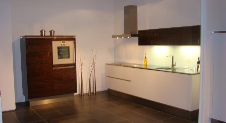 Greeploze Keuken Vaatwasser : van Nederland! Rechte greeploze keuken van designglas [45536