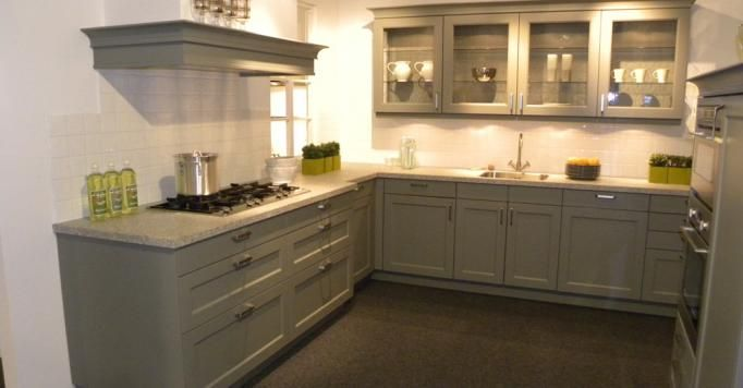 De voordeligste woonwinkel van nederland landelijke keuken in steengrijs - Beste kleur voor de keuken ...