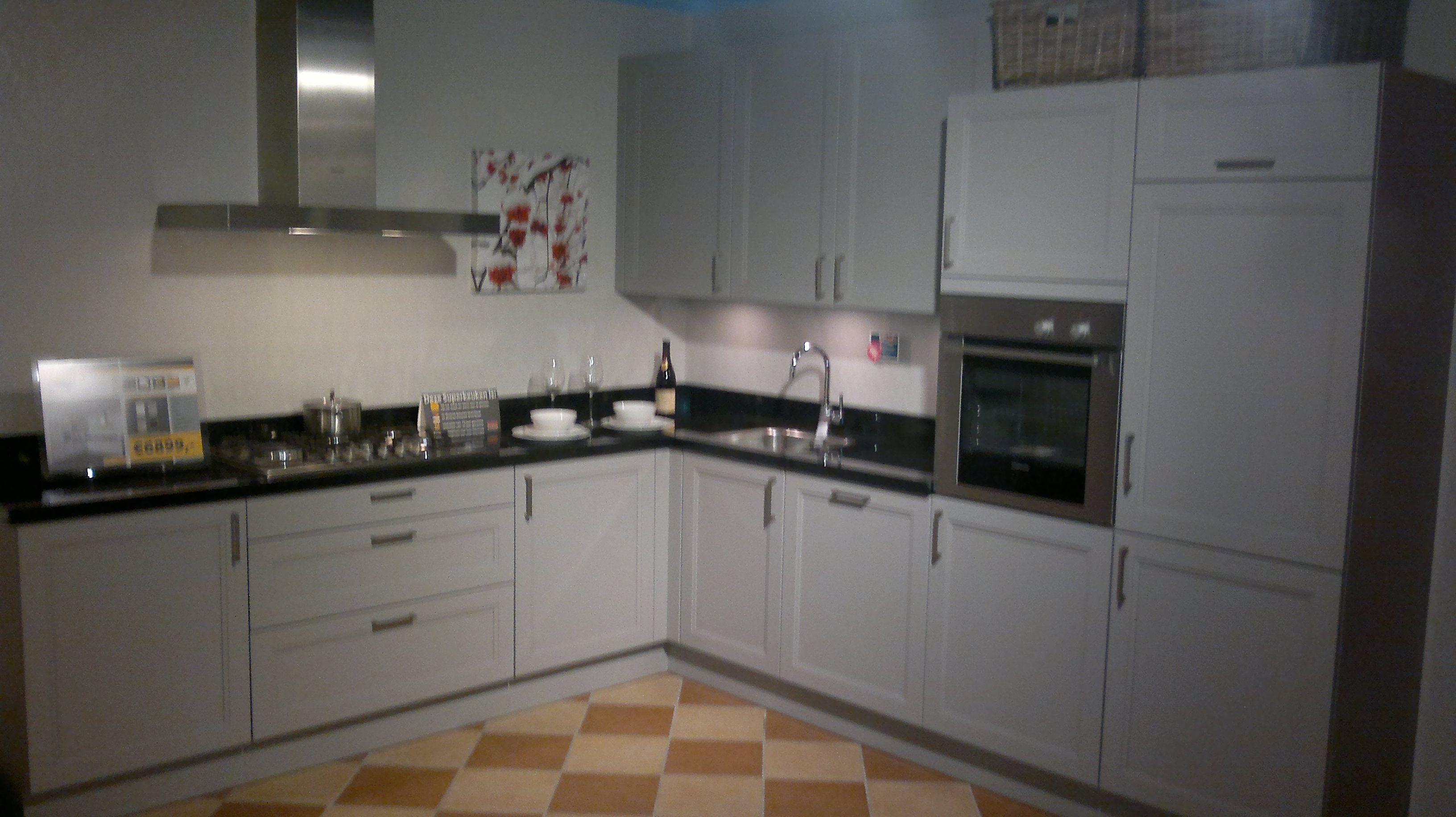 De voordeligste woonwinkel van nederland franck steengrijs 44716 - Afbeelding van keuken amenagee ...