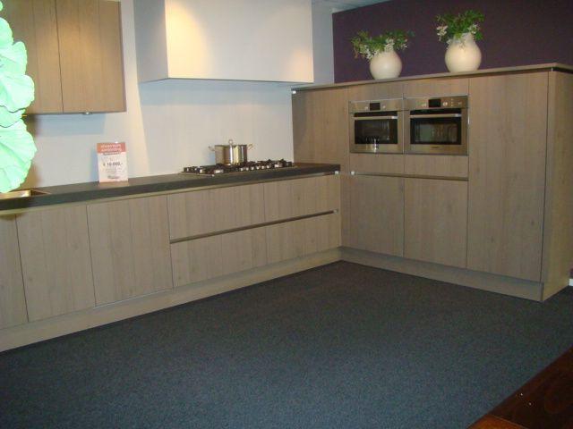 Keuken Eikenhout : Greeploze Fineer Keuken In Eiken Platina 45589 Pictures