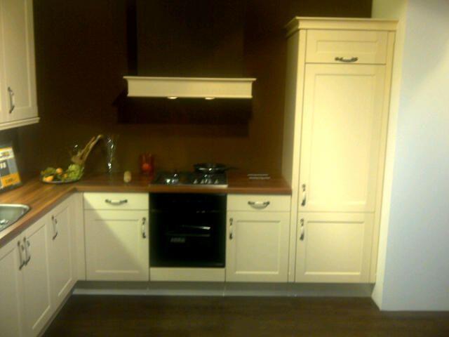 Keuken Kleur Sahara : keuken livorno sahara 44985 luxe showroom keuken livorno sahara keuken