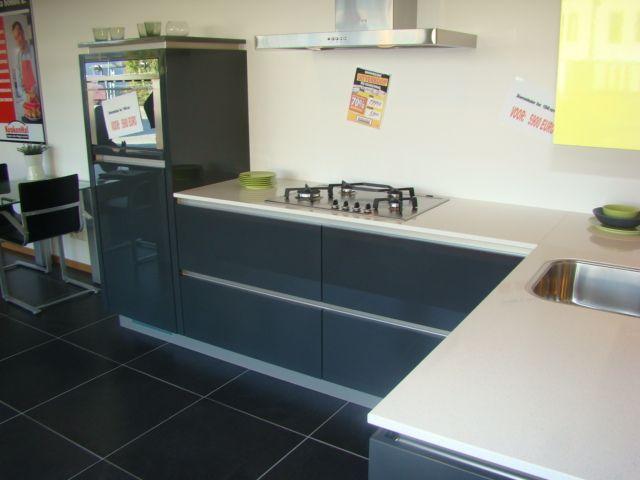 ... woonwinkel van Nederland!  Moderne keuken in moderne kleuren [45659