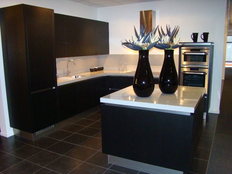 Keuken Zwart Mat : keuken in mat zwart gelakt 45595 zeer fraaie designkeuken in mat zwart