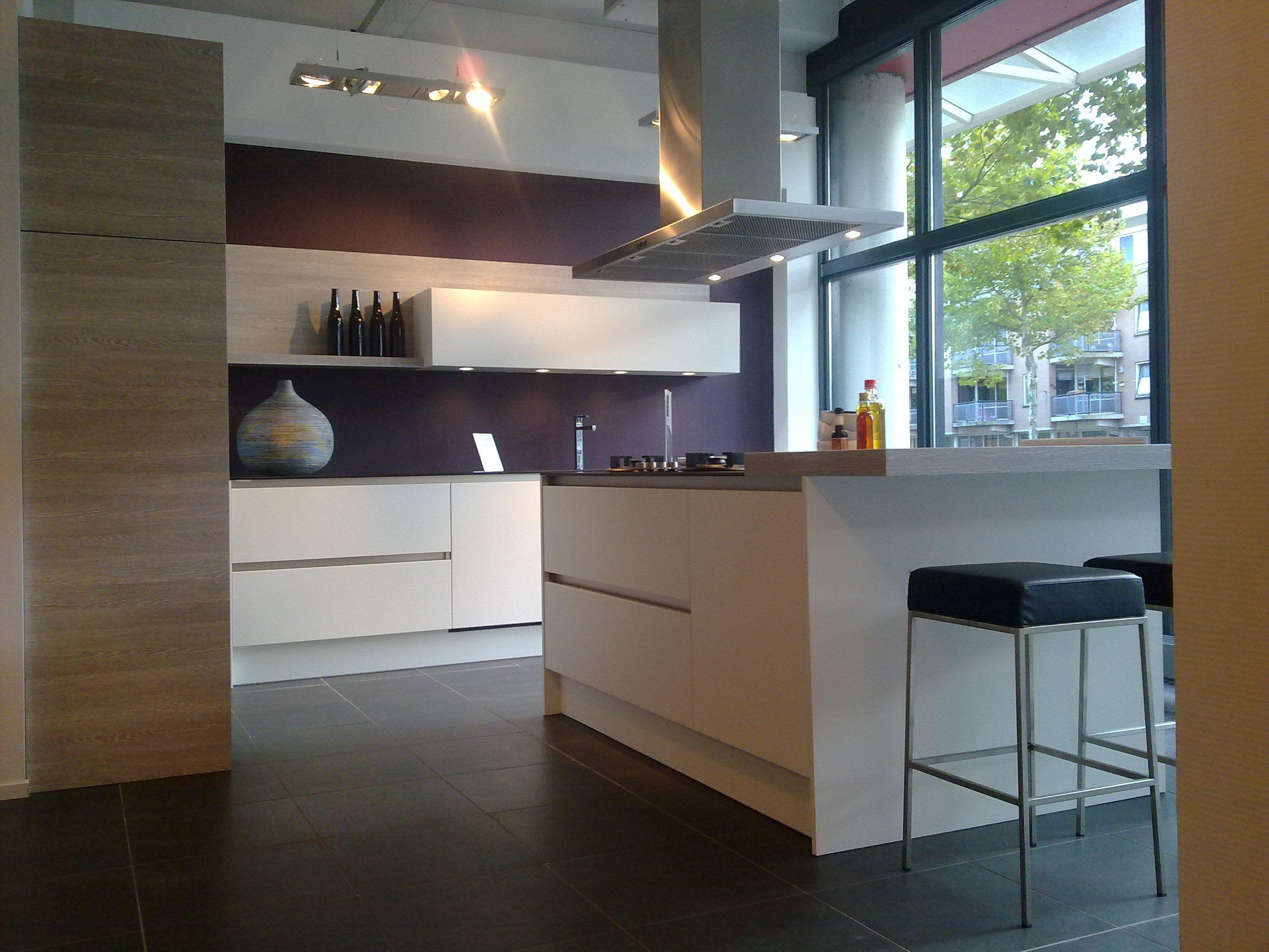 Afmetingen Keuken Kookeiland : woonwinkel van Nederland! Greeploze Keller keuken [37456