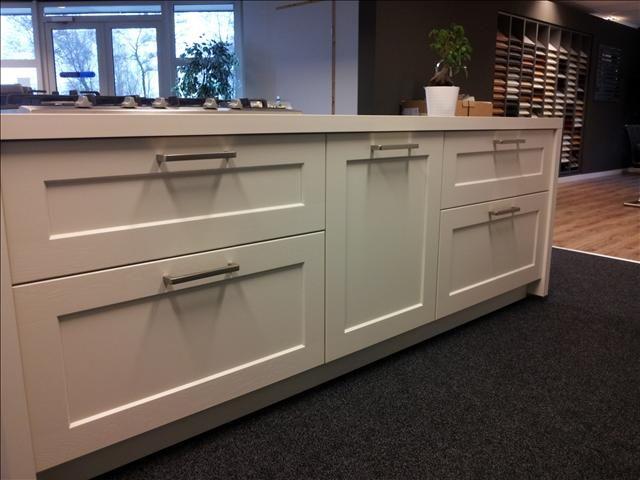 de voordeligste woonwinkel van nederland nolte high wood 40901. Black Bedroom Furniture Sets. Home Design Ideas