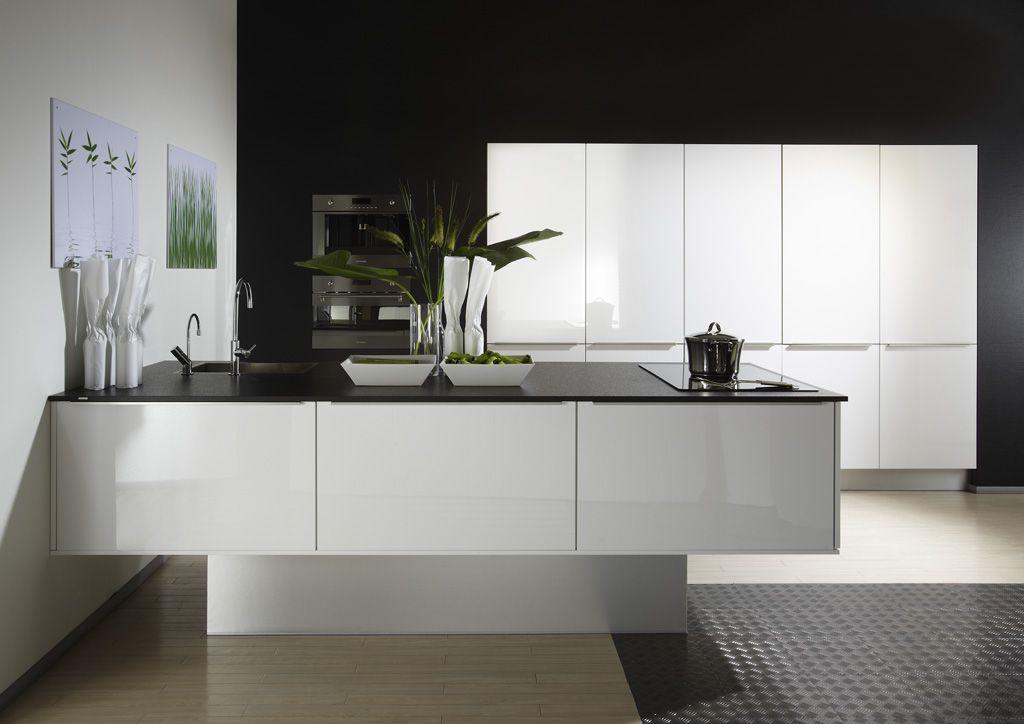 De voordeligste woonwinkel van nederland design eilandkeuken hoogglans - Model keuken wit gelakt ...