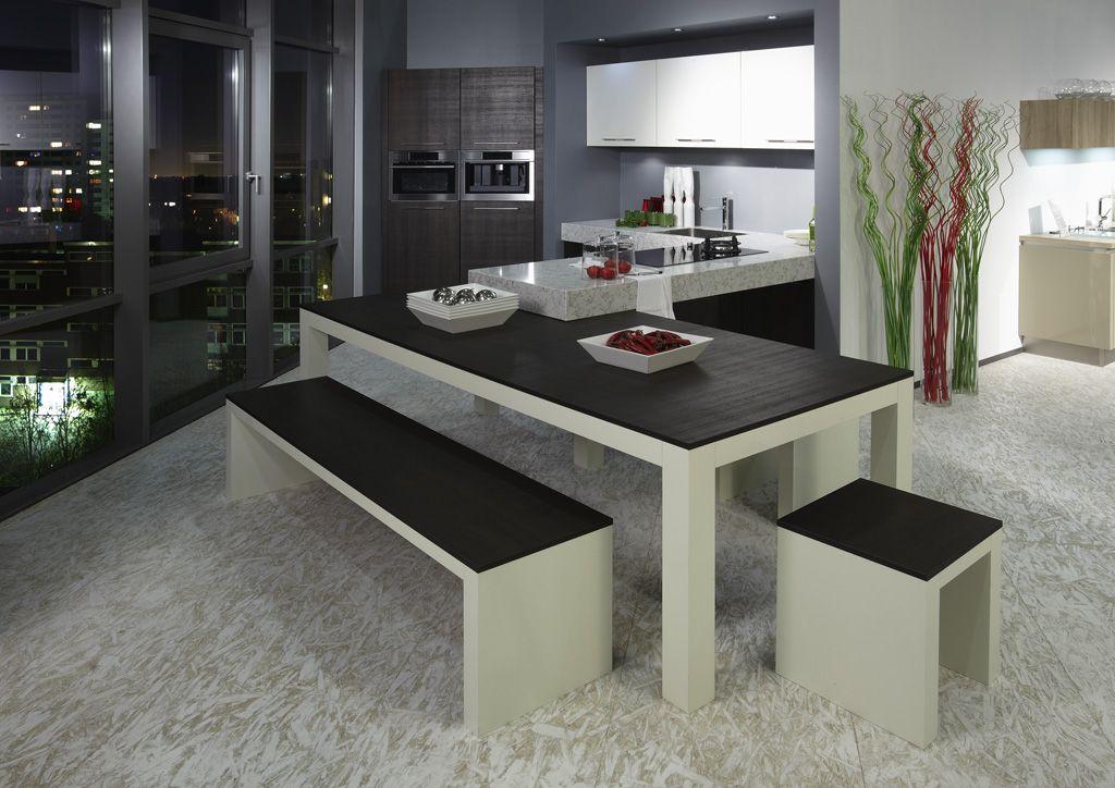 Schiereiland Keuken Showroom : Schiereiland keuken en tafel [47118]