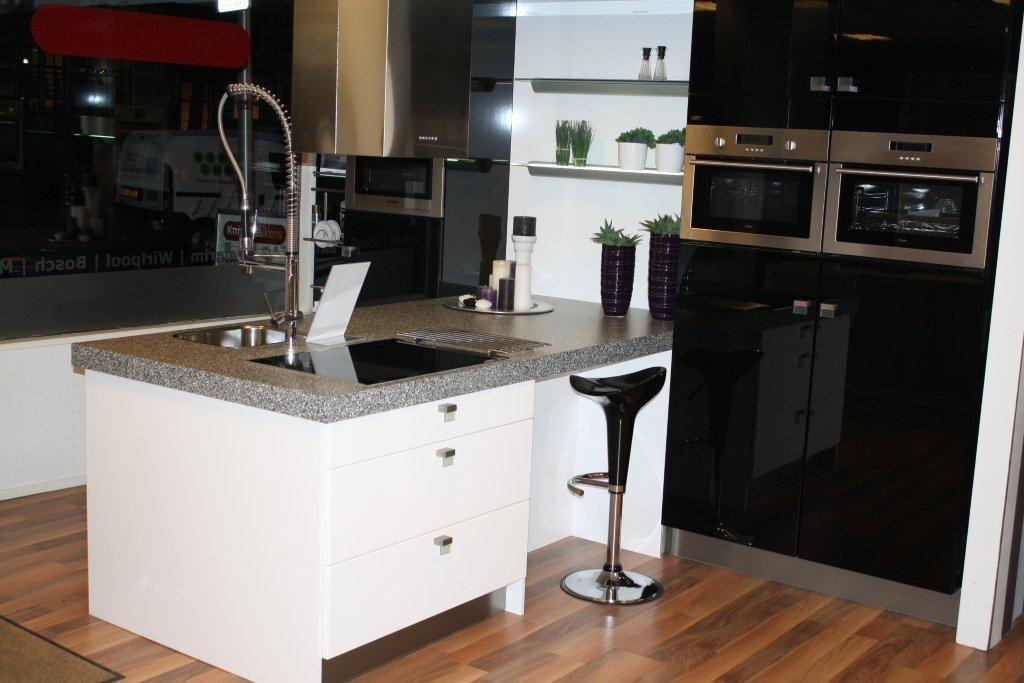 Keuken Hoogglans Wit Achterwand : voordeligste woonwinkel van Nederland! Hoogglans zwart wit [47326
