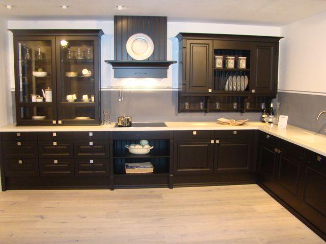 Zwarte Kit Keuken : Grijze keuken witte vloer