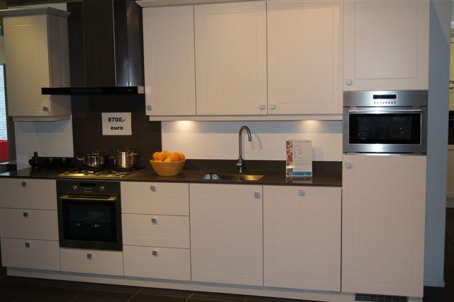 Moderne Keuken Kleur : keller strakke moderne keuken 41821 deze ...