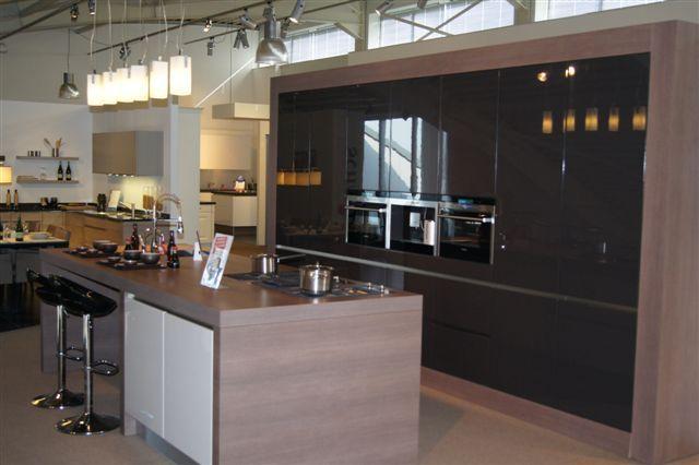 Schmidt moderne strakke keuken 44635