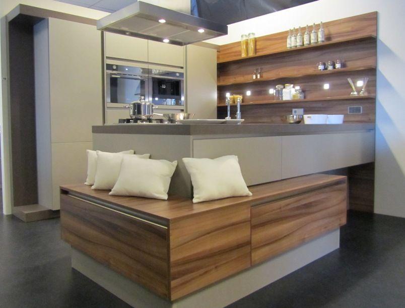 Afmetingen Schiereiland Keuken : keuken met zwevend eiland 18 21935 zeer fraaie en praktische keuken