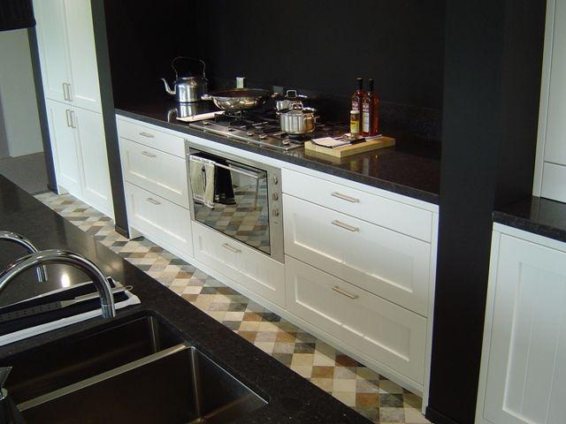 De voordeligste woonwinkel van nederland exclusieve handgelakte witte - Kleur witte keuken ...