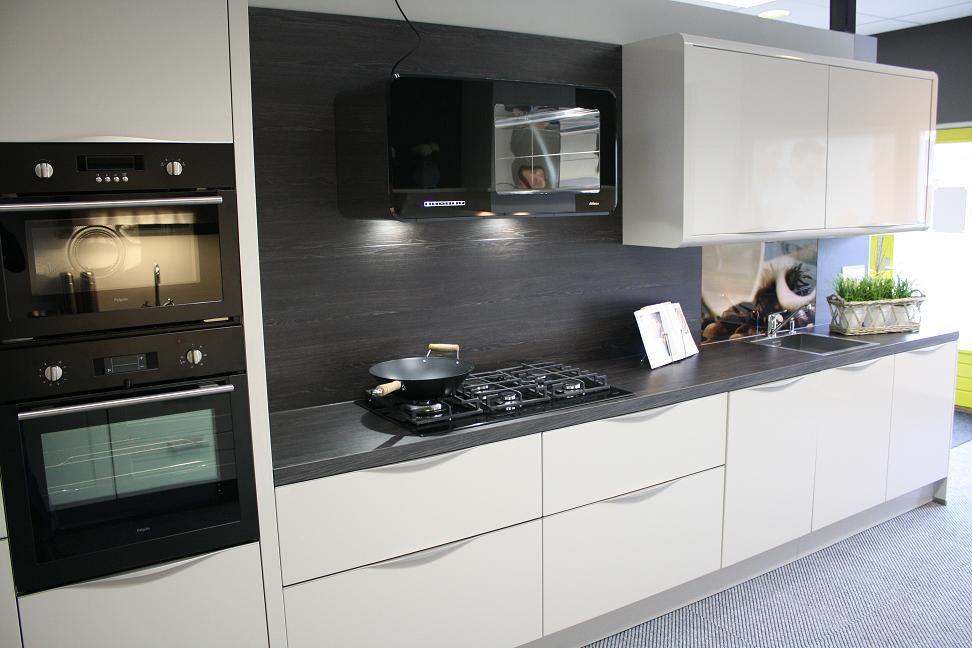 ... woonwinkel van Nederland!  Design Keuken recht (Nolte Spot) [40890