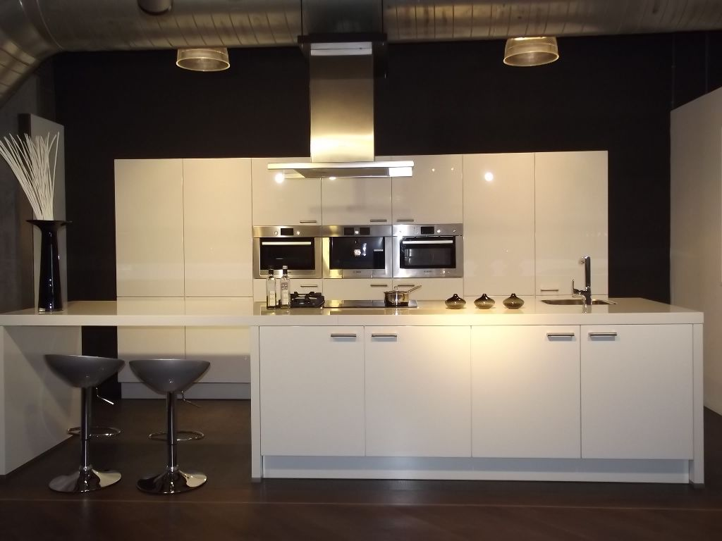 Moderne keukeneilanden - Eiland bar keuken ...