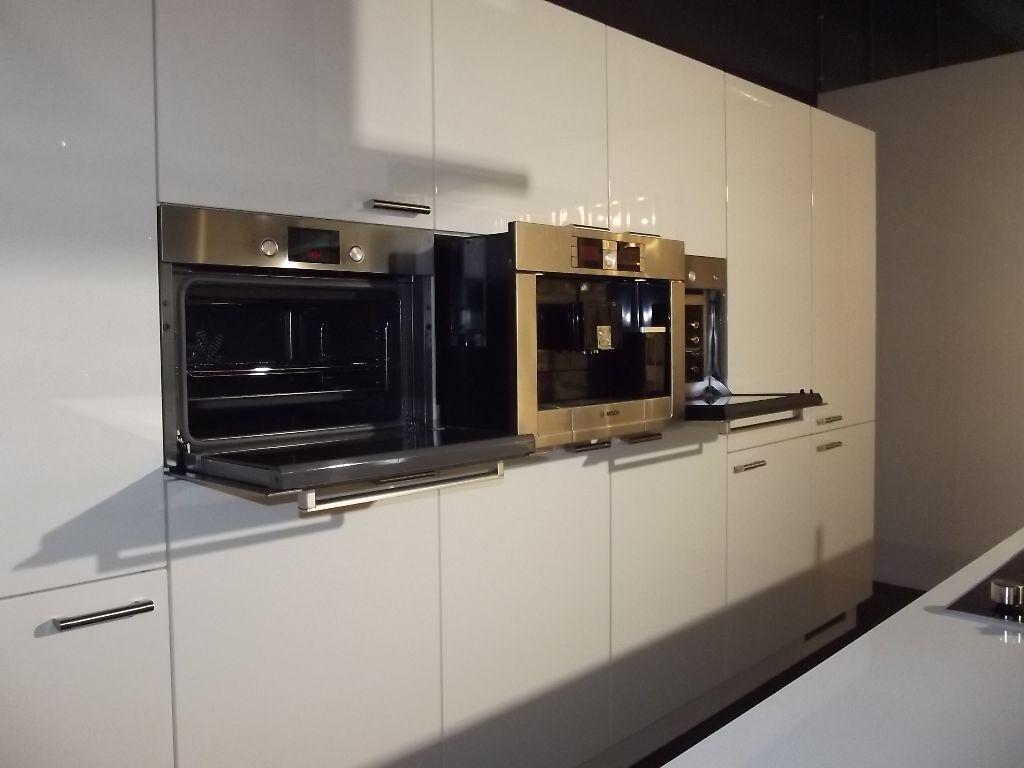Raam keuken idee eiland - Idee kleur moderne keuken ...