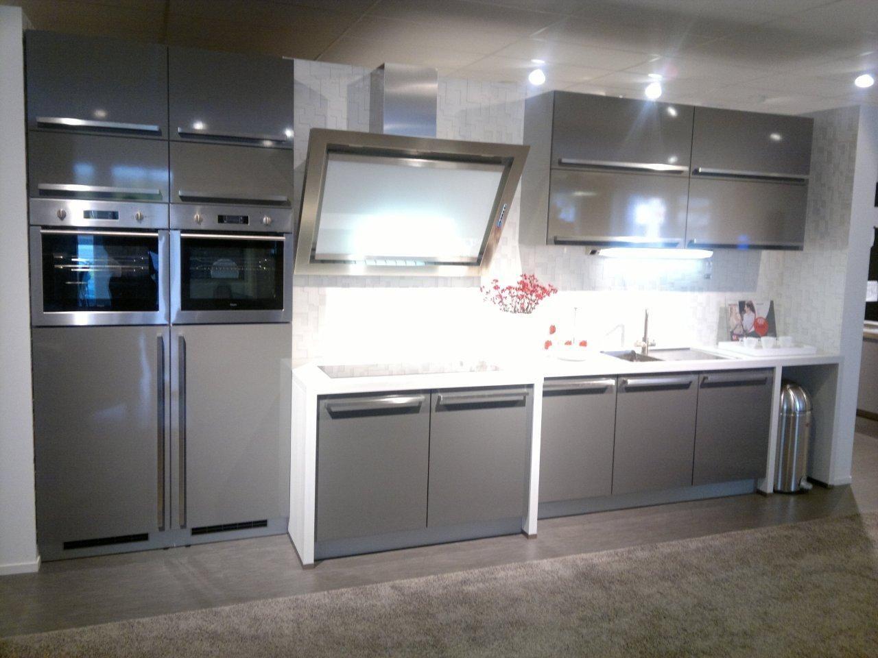 De voordeligste woonwinkel van nederland moderne design keuken 45023 - Modele en ingerichte keuken ...
