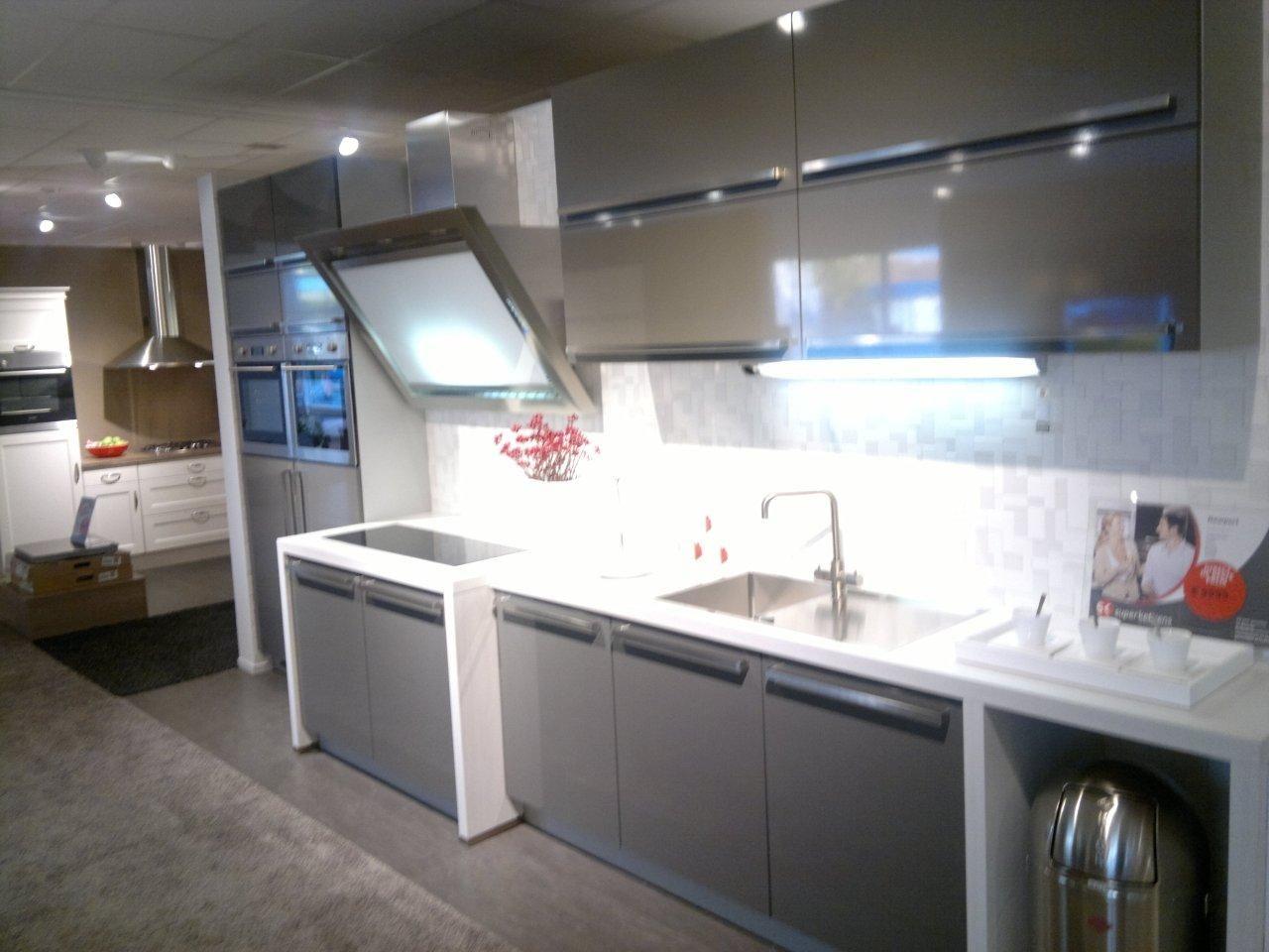 ... voordeligste woonwinkel van Nederland!  Moderne design keuken [45023